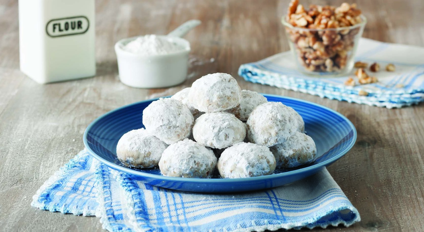Snowball Cookies Made With Cake Flour