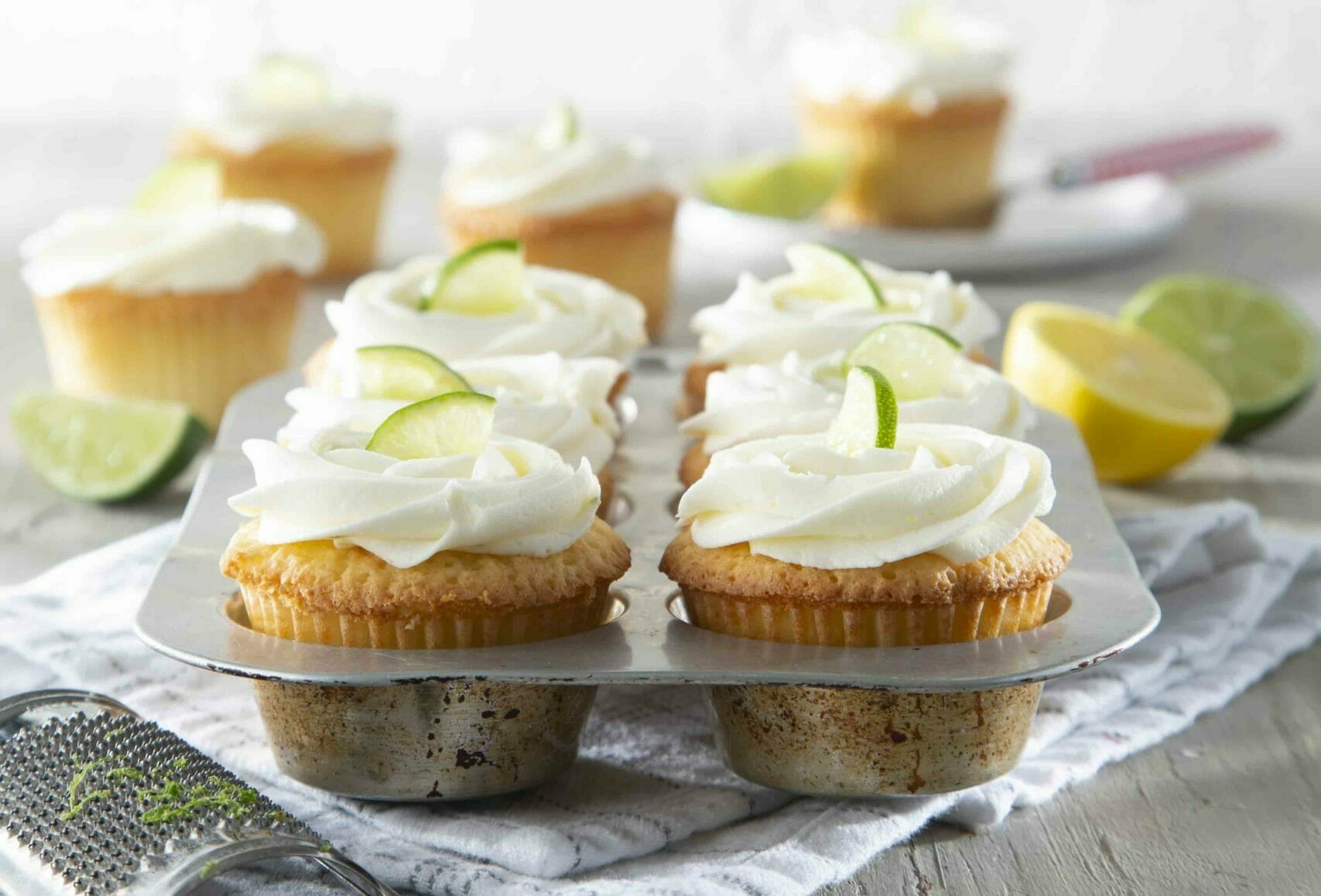 7-Up Cake Cupcakes In Muffin Tin