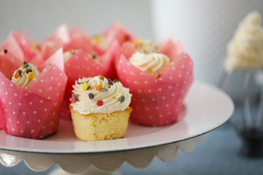 Lemon Cupcakes with Russian Buttercream